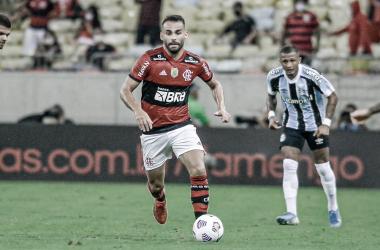 Melhores momentos de Flamengo x Grêmio pelo Campeonato Brasileiro (0-1)