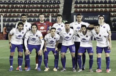 Los once de Martínez en el último triunfo. El Matador no afloja (Foto: Prenda CA Tigre).