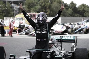 Hamilton festeja su triunfo en Montmeló | Foto: Fórmula 1