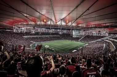Flamengo e Palmeiras fazem confronto direto no Maracanã lotado