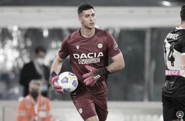 Musso em ação pela Udinese no Campeonato Italiano (Fonte: Divulgação / Udinese Calcio)