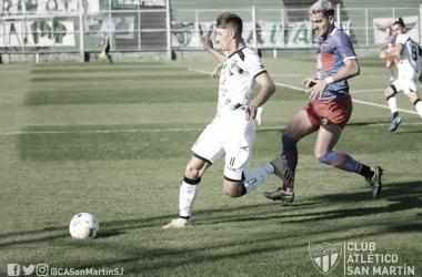 Matías Giménez marcó el empate parcial cuando había comenzado el complemento.<div>Foto: @CASanMartinSJ</div>
