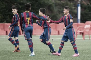 El FCB Benjamín A celebrando un gol este curso. Foto: FC Barcelona