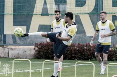 Los jugadores preparándose para recibir al Sevilla | Foto: Villarreal CF