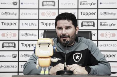 Barroca valoriza posse de bola, mas lamenta falta de efetividade do Botafogo no Serra Dourada