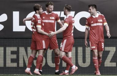 Los jugadores de Union Berlín celebrando la victoria / Foto: @fcunion