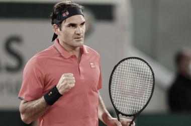 Federer supera Koepfer em longo jogo pela terceira rodada de Roland Garros