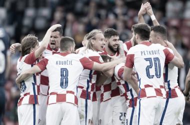 Croacia celebra uno de los goles anotados a Escocia / FOTO: @HNS_CFF
