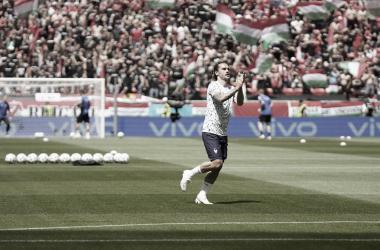 Antoine Griezmann durante el calentamiento./ Twitter: Selección Francesa oficial