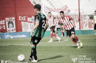 Francisco Álvarez fue el capitán verdinegro. Villalba optó por darle la cinta al joven defensor surgido de la cantera.<div>@CASanMartinSJ</div>