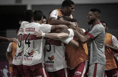 Com virada no segundo tempo, CRB vence Botafogo e entra no G-4 da Série B