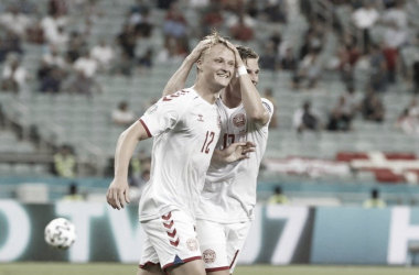 Dinamarca no decepciona y se mete en semifinales (1-2)