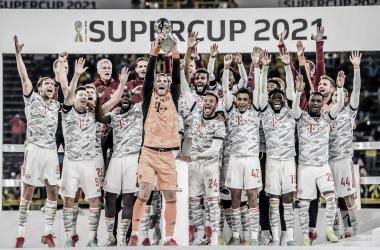 Em novo show de Lewandowski, Bayern vence Dortmund e fatura Supercopa da Alemanha