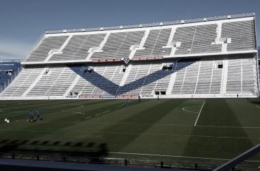 Así espera el José Amalfitani el choque entre Vélez y Racing. | Fuente: Web.
