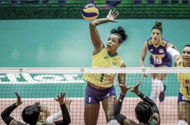 Brasil passeia sobre Camarões na estreia do Pré-Olímpico feminino de vôlei