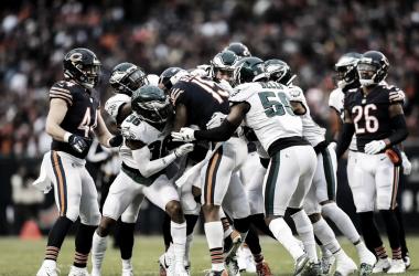 Las defensas de ambos equipos se lucieron en el duelo de comodines. // Foto: Philadelphia Eagles oficial.
