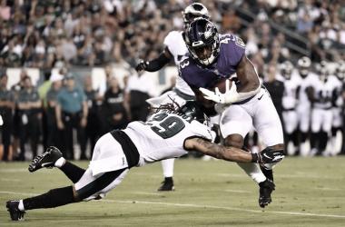 Ravens vence a Eagles y estira su racha en pretemporada