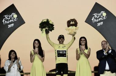 Egan Bernal impuso la bandera de Colombia en el Tour de Francia 2019