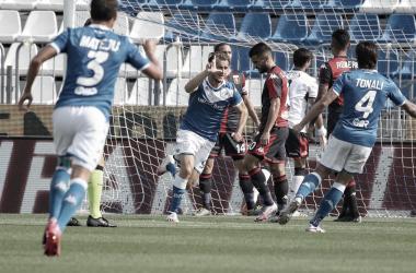 Brescia abre vantagem, mas cede empate ao Genoa e permanece afundado na degola
