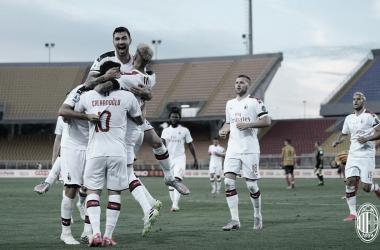 Com atuação convincente, Milan goleia Lecce e volta para zona de classificação da Europa League