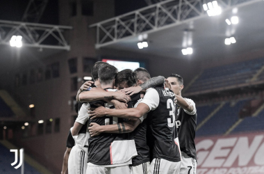 Em partida marcada por golaços, Juventus derrota Genoa e segue líder da Série A