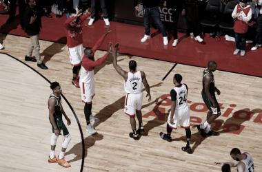 Playoffs NBA: Los Raptors ganan y empatan la serie
