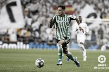 Álex Moreno iguala su mejor registro como asistente