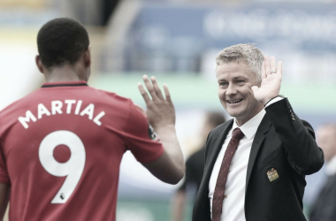 """Solskjaer rasga elogios a jogadores do United após garantir vaga na Champions: """"Incríveis"""""""
