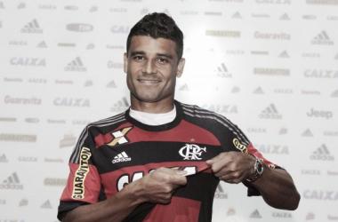 """Ederson exalta Flamengo na apresentação: """"Estou no maior do mundo"""""""