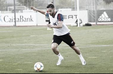 Pablo Sarabia en su primer entrenamiento. / Foto: @SeFutbol