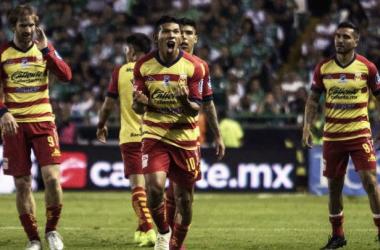 Monarcas derrota a León y se pone en semifinales