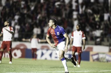 Paraná e Vila Nova ficam no empate na abertura do returno da Série B