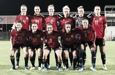 España sufrió una sorpresiva derrota ante Francia en el arranque de la temporada 2019/2020 | Fotografía: SefutbolFem