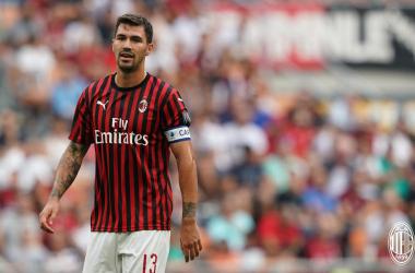 Serie A - Un Milan sprecone supera il Brescia: ai rossoneri basta Calhanoglu