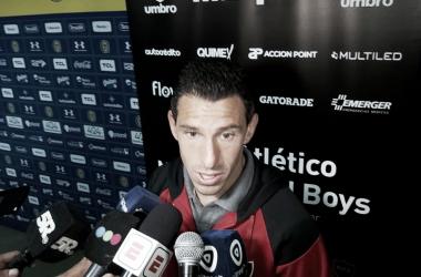 Maxi Rodriguez en rueda de prensa después del empate con Rosario Central . Foto: Federico Rosolani