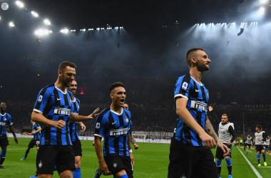 Serie A- L'Inter batte il Milan 2-0 e rimane capolista solitaria