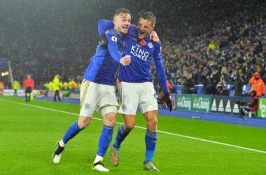 In attesa di City e Liverpool nello scontro diretto, volano Chelsea e Leicester