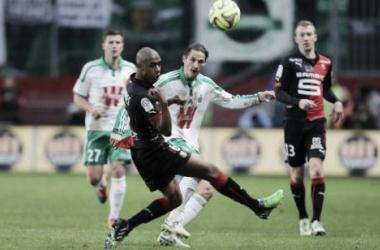 Un mermado Saint-Étienne cede la tercera posición al PSG