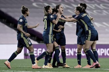 Lyon supera marcação bem postada doBayern de Munique e carimba vaga nas semis da Champions Feminina