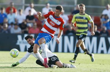 Butzke dio la victoria al Recreativo Granada contra el Sanluqueño | Foto: Pepe Villoslada / Granada CF