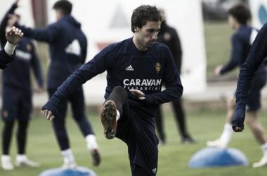 Iñigo Eguaras en uno de los entrenamiento del equipo | Fotografía: Real Zaragoza
