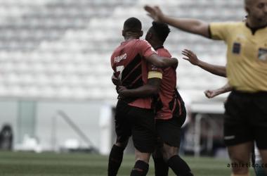 Decisivo no clássico, Fabinho marca no Athle-tiba primeiro gol como profissional