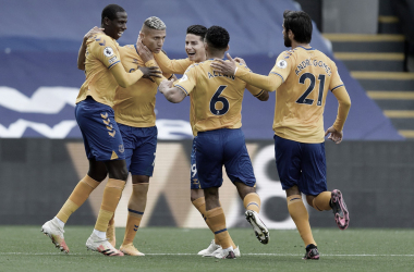 Everton aproveita superioridade do primeiro tempo, segura resultado e vence Crystal Palace