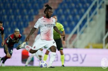 Il Milan espugna lo Scida: battuto il Crotone per 0-2. Brutto infortunio a Rebic