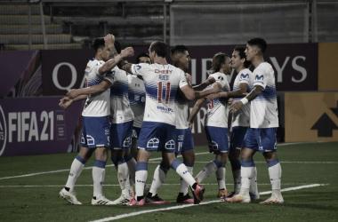 Grêmio assiste Universidad Católica jogar, não cria e perde no retorno da Libertadores