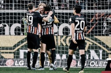 Victoria incontestable del Eintracht para abrir la 8a jornada