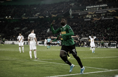 Thuram celebrando el gol de la victoria. Vía Twitter en @Borussia_es