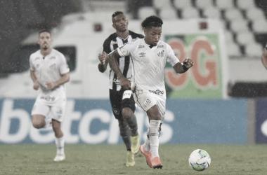 Santos não converte finalizações em gol e empata com Botafogo no Nilton Santos