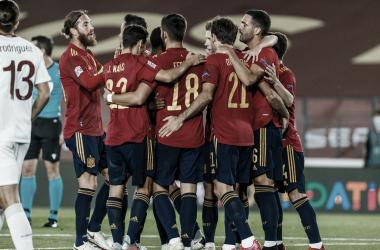 Com oportunismo e erros individuais, Espanha vence Suíça pela Nations League