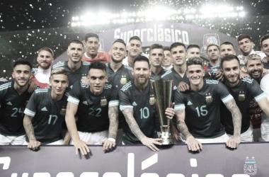 Brasil joga mal, Argentina triunfa com gol de Messi e conquista Superclássico das Américas